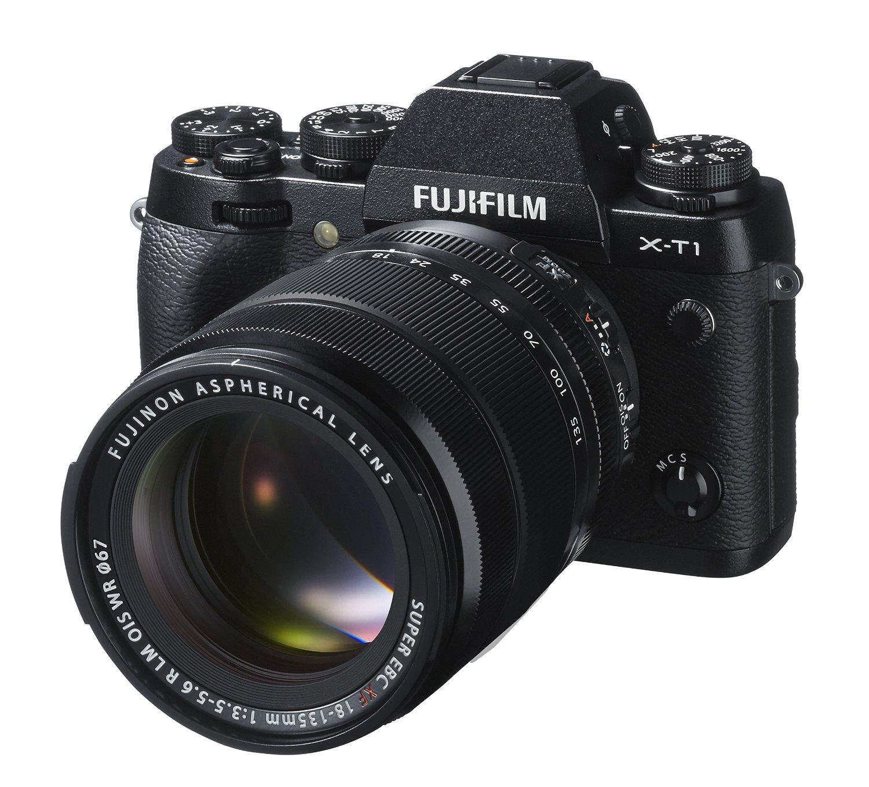FUJIFILM(フジフィルム)のミラーレス一眼レフカメラなど計8点を